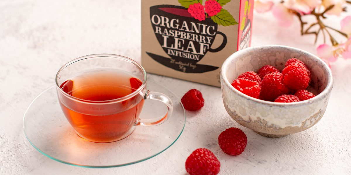 Organic raspberry tea infusion